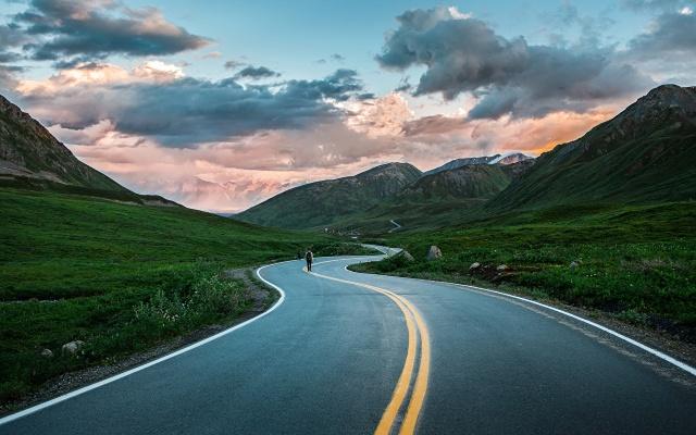 Roads_Mountains_Alaska_444230